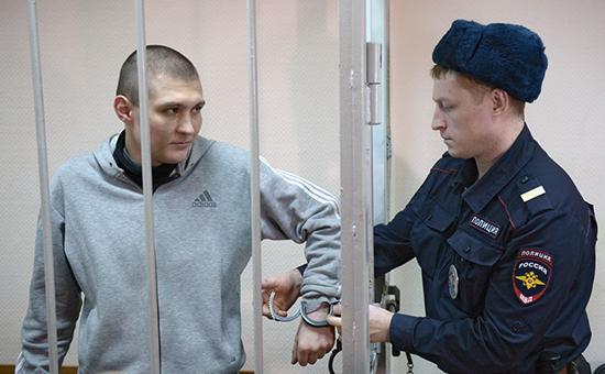 Максим Панфилов (слева)