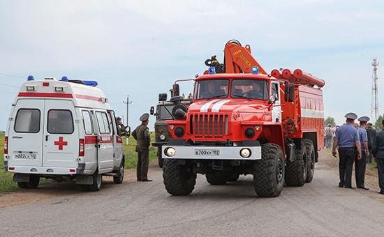 Машины пожарной и скорой помощи. Май 2011 года
