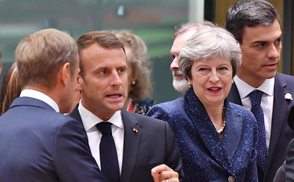 Председатель Европейского совета Дональд Туск, президент Франции Эммануэль Макрон, премьер-министр Великобритании Тереза Мэй и председатель правительства ИспанииПедро Санчес