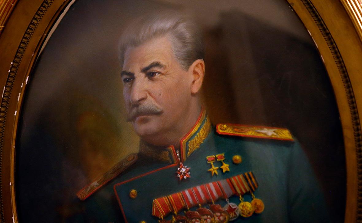 Портрет Иосифа Сталина