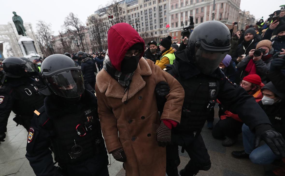 Правозащитники сообщили о рекордном количестве задержанных в Москве