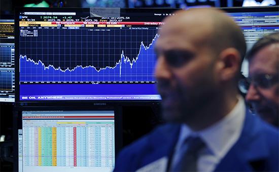 Торговый зал фондовой биржи Нью-Йорка
