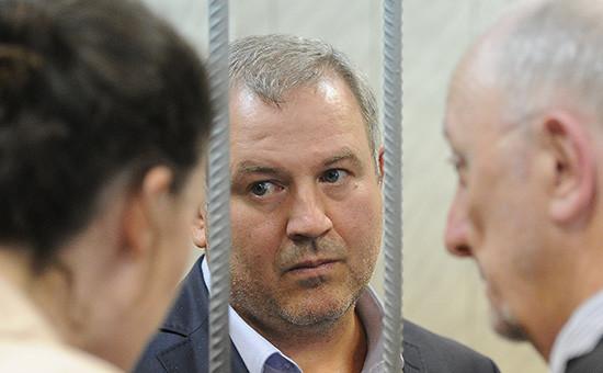 Заместитель директора Спецстроя России Александр Буряков, обвиняемый поделу охищениях пристроительстве космодрома Восточный, вовремя заседания вТверском суде
