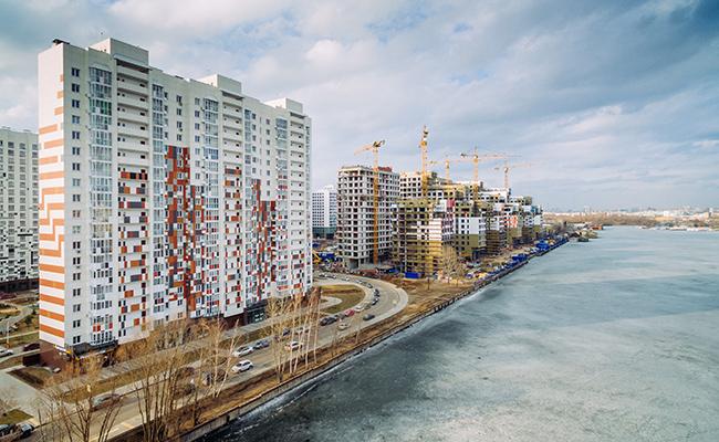 Строящийся жилой район наберегу Нагатинского затона