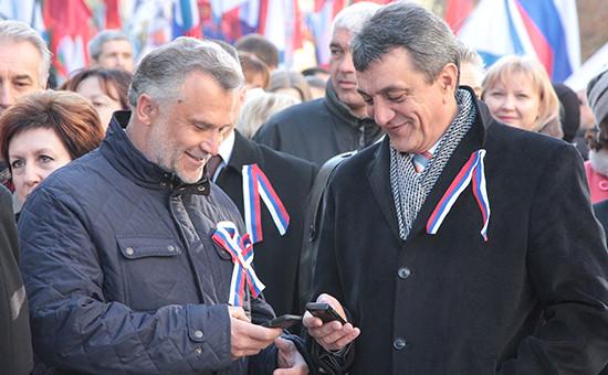 Председатель городского Законодательного собрания Алексей Чалый и губернатор Севастополя Сергей Меняйло (слева направо)