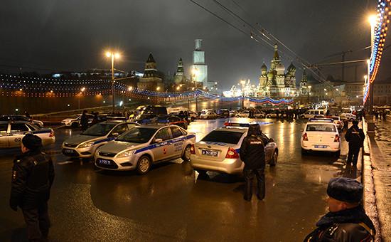 Полиция на месте убийства Бориса Немцова