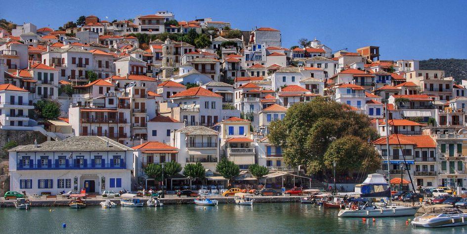 Дома нагреческом острове Скопелос вЭгейском море