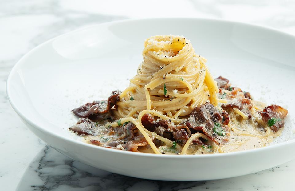 Спагеттини «алла карбонара» с домашним беконом из говядины или с домашним лардо
