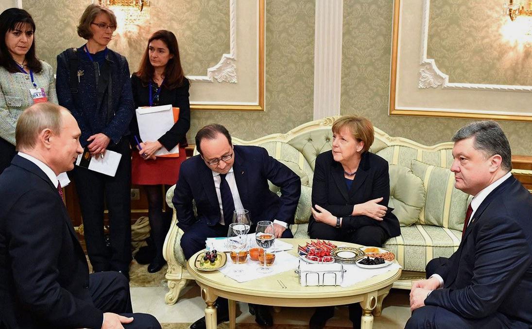 Владимир Путин, Франсуа Олланд, Ангела Меркель и Пётр Порошенко