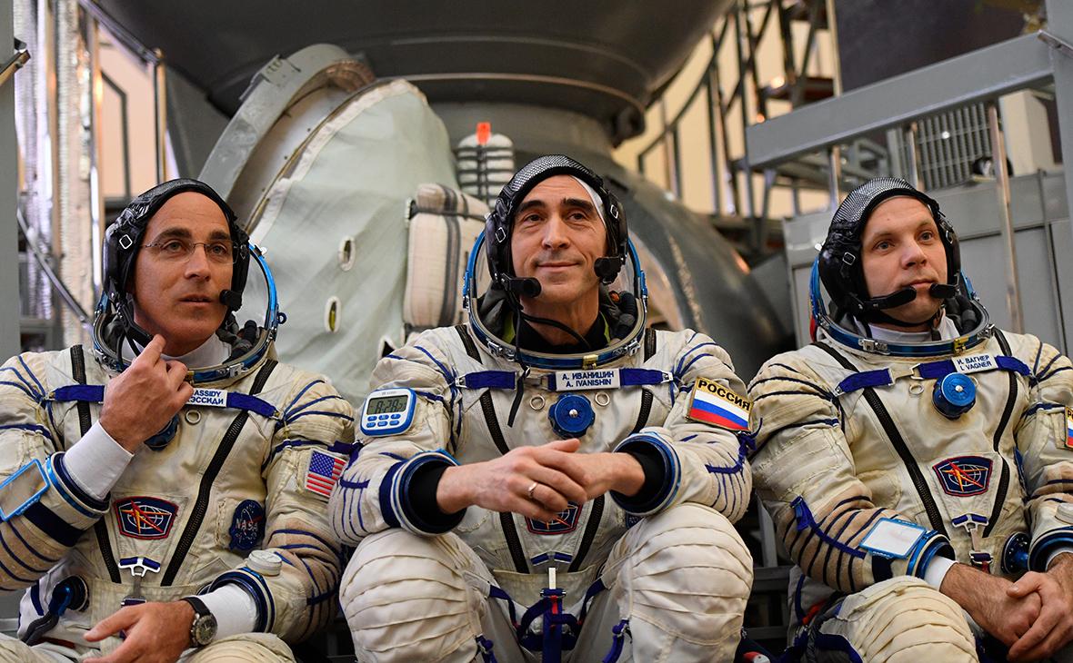 Кристофер Кэссиди, Анатолий Иванишин и Иван Вагнер (слева направо)