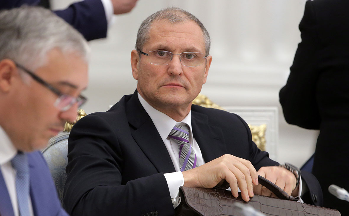 Отвечавший за борьбу с COVID вице-губернатор Петербурга уйдет в отставку