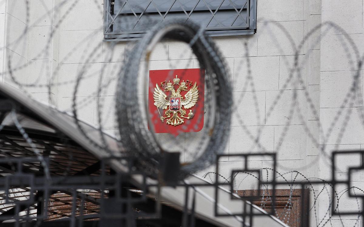 Украина зеркально вышлет российского дипломата