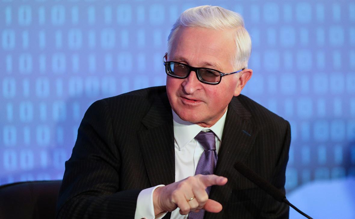 Александр Шохин