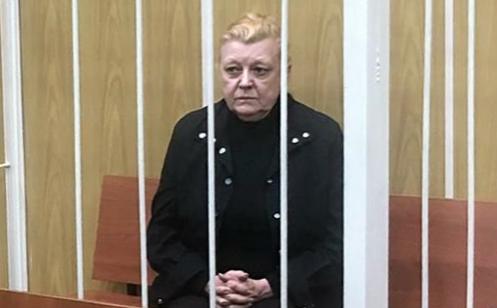 Актриса Наталья Дрожжина во время избрания меры пресечения
