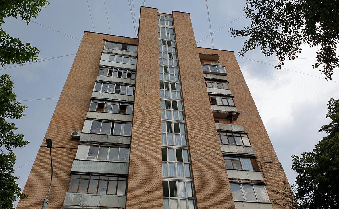 Жилой дом на улице Приорова 38, где было совершенно убийство