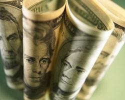Укрепившийся доллар осложнил покупки WTI
