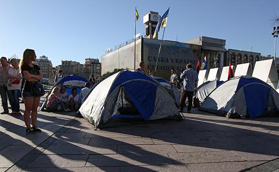 Палаточный лагерь противников президента Петра Порошенко на Майдане Незалежности