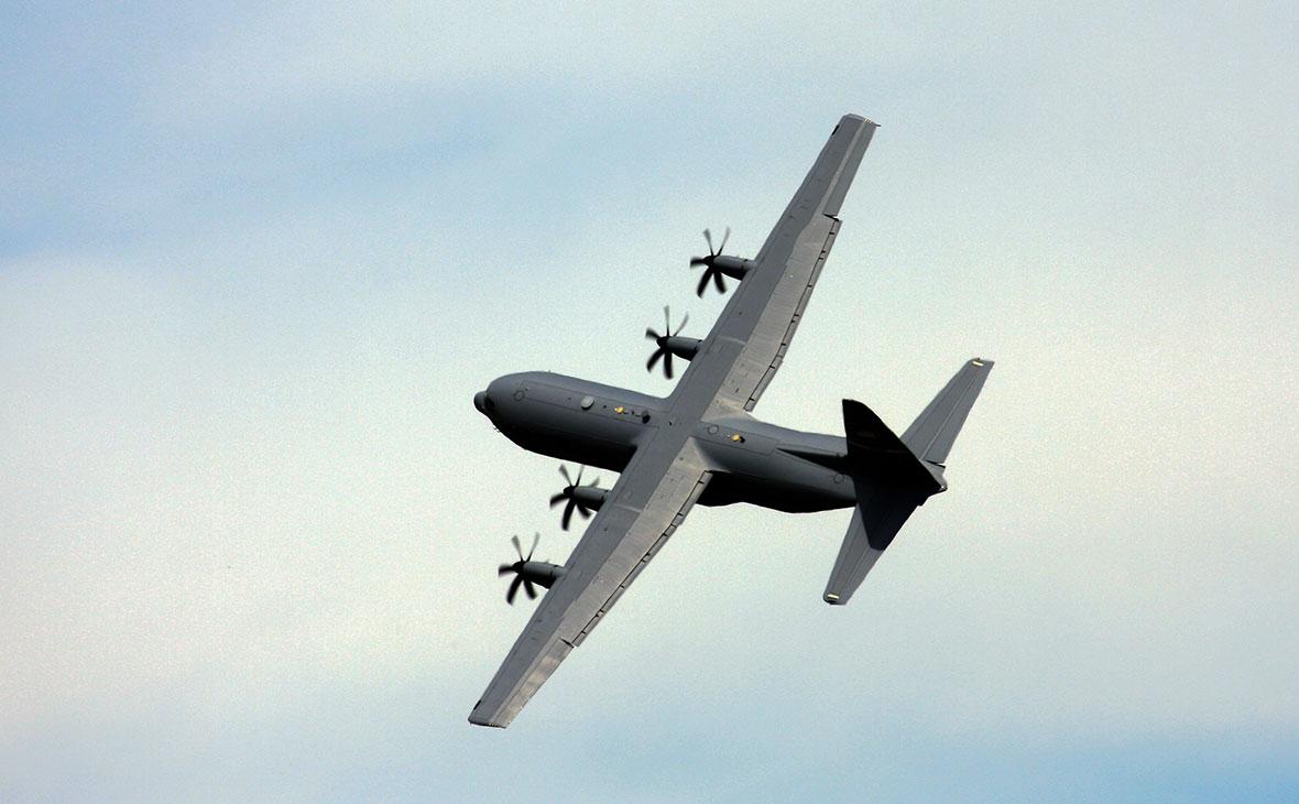 Cамолет Lockheed C-130 Hercules