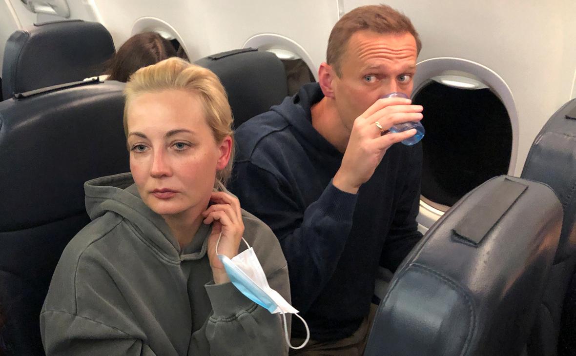 Юлия и Алексей Навальные