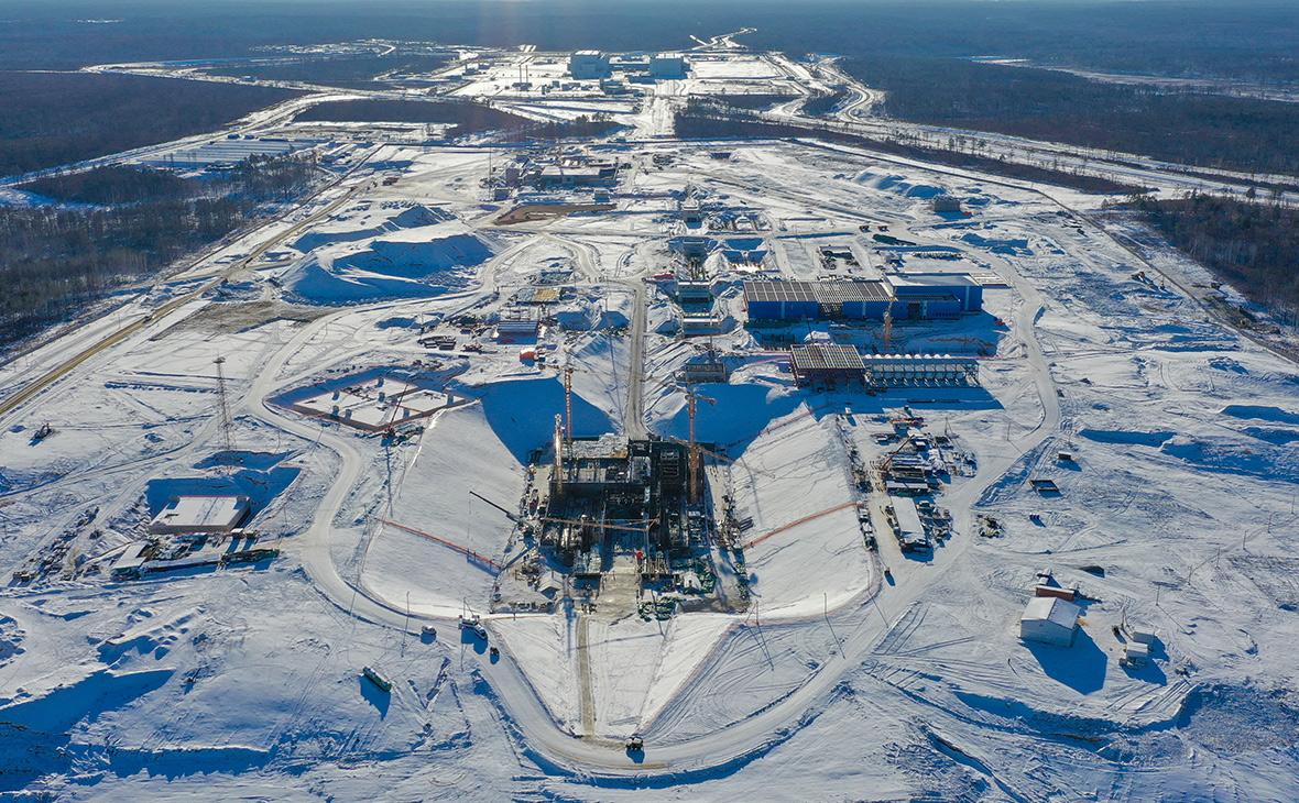 Вид на строящийся стартовый комплекс для ракет-носителей семейства «Ангара» на космодроме Восточный