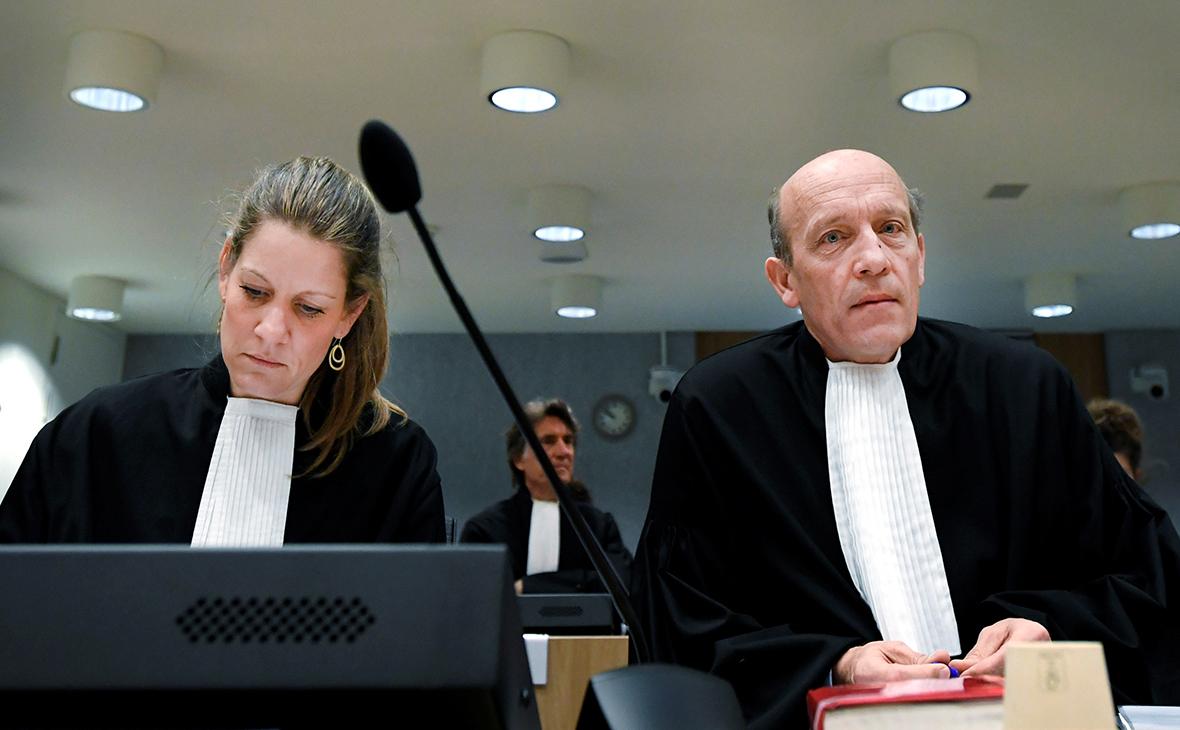 Сабине тен Дуссхате и Будевейн ван Эйк (справа)