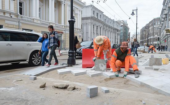 Работы поблагоустройству улиц вцентре Москвы. 2015 год