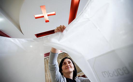 На одном из избирательных участковТбилиси, Грузия