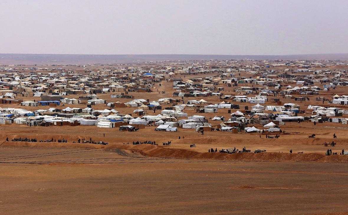 Лагерь сирийских беженцеввозле Рукбана. Февраль2017 года
