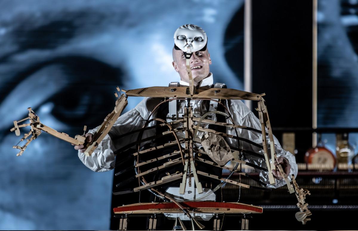 Никита Кукушкин в спектакле «Человек без имени»