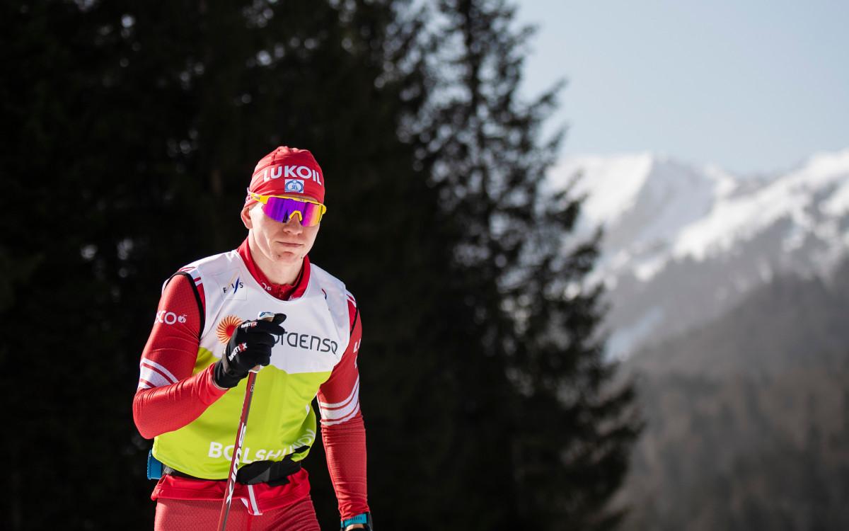 Лидер сборной России по лыжным гонкам Александр Большунов