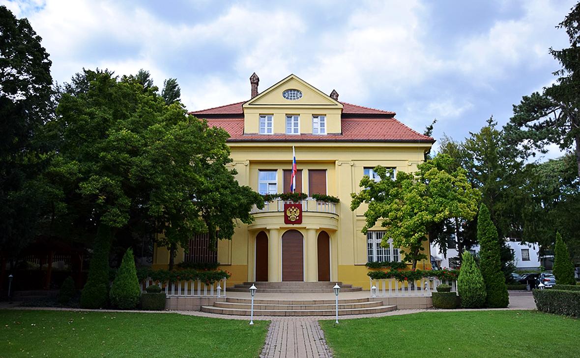 Здание посольства России в Словакии