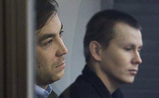 Евгений Ерофеев (слева)и Александр Александров в Голосеевском районном суде. Киев, 29 декабря 2015 года
