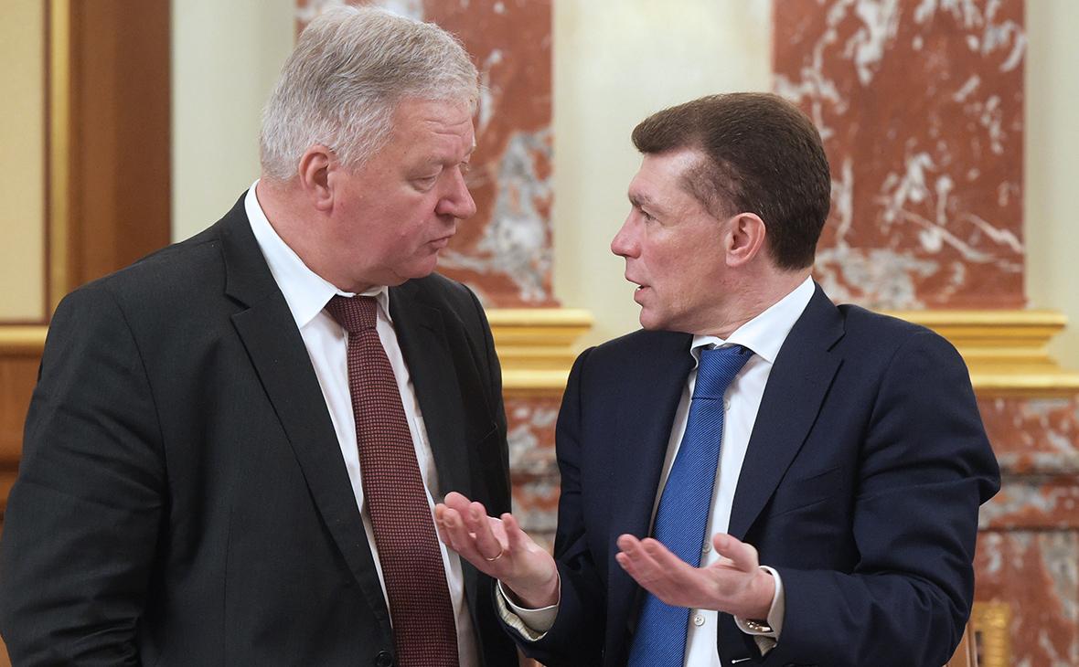 Михаил Шмаков и Максим Топилин (слева направо)