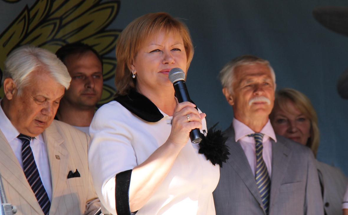 Наталья Чечина (в центре)