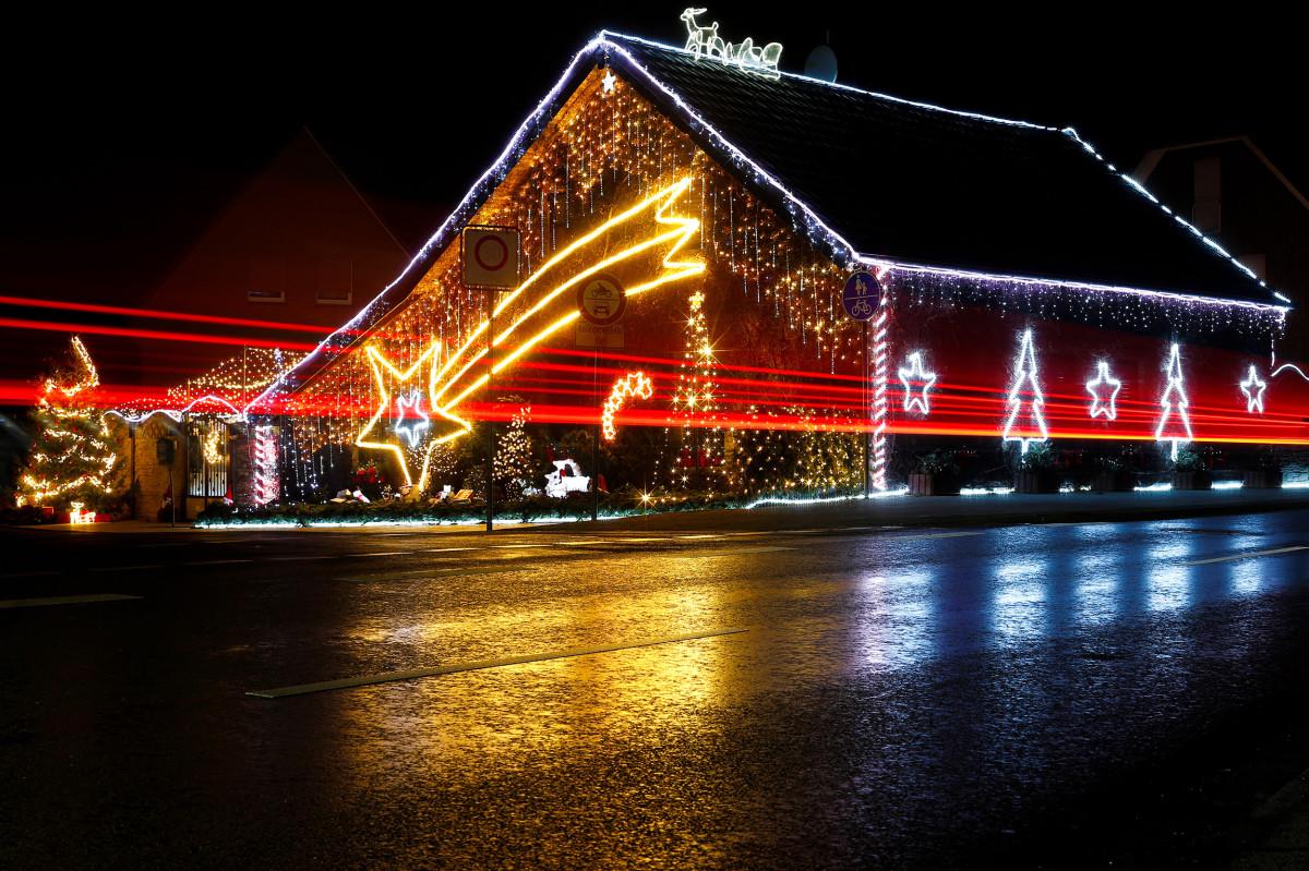 Рождественские украшения в Брюггене, Германия