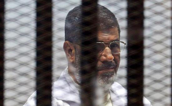 Экс-президент ЕгиптаМохаммедМурсина суде. Архивное фото