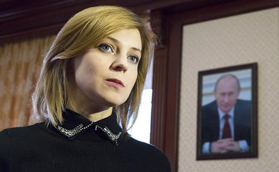 Прокурор Крыма Наталья Поклонская в рабочем кабинете, март 2016 года