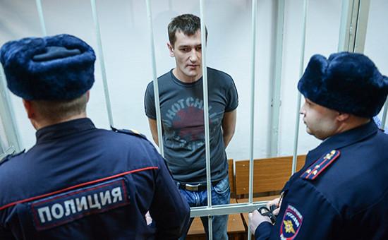 Олег Навальный во время оглашения приговора в Замоскворецком суде города Москвы, 30 декабря 2014 года