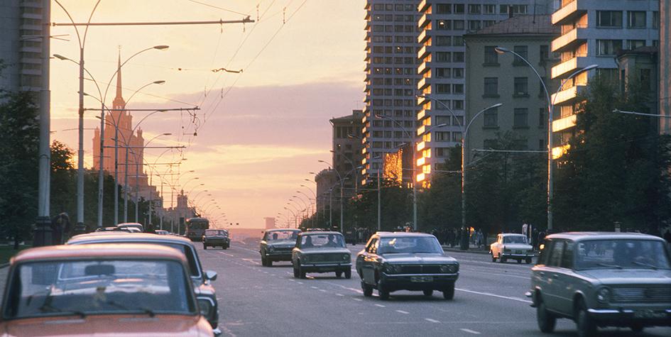 Проспект Калинина, 1977 год