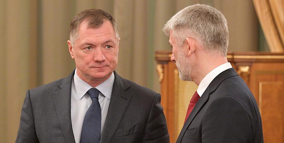 Вице-премьер РФ Марат Хуснуллин (слева)