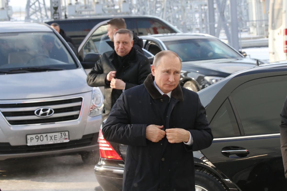 Губернатор Петербурга Александр Беглов и президент РФ Владимир Путин