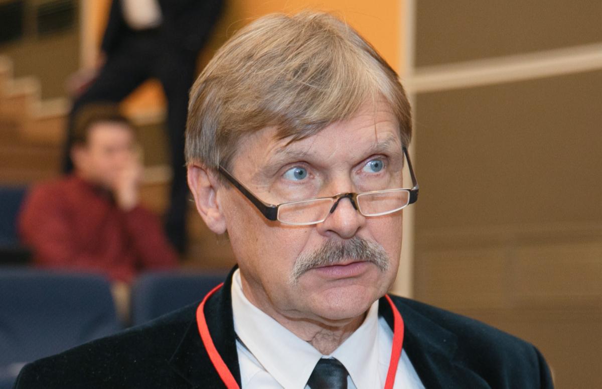 Константин Чумаков