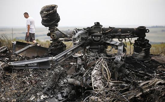 Место крушения «Боинга» под Донецком