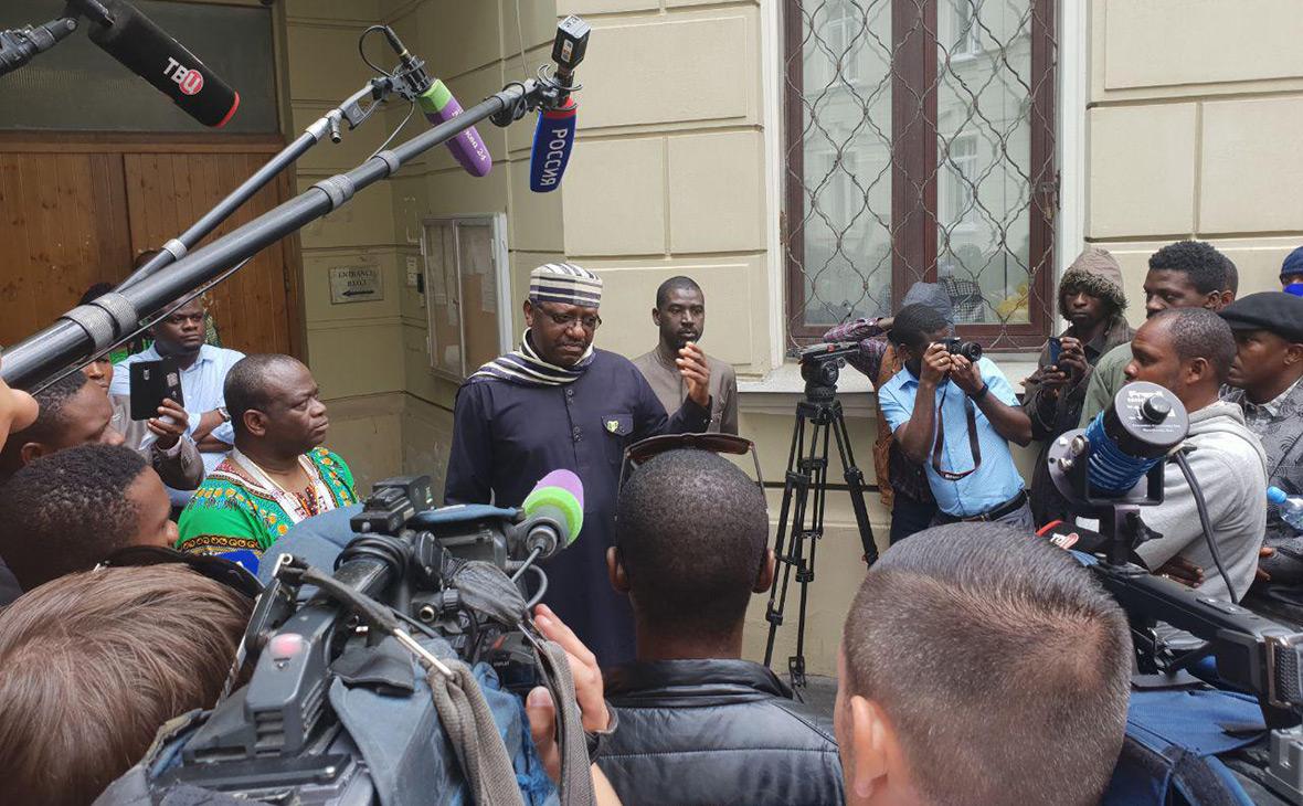 Чрезвычайный и Полномочный Посол Федеративной Республики Нигерии в Российской Федерации Стив Дэвис Угба