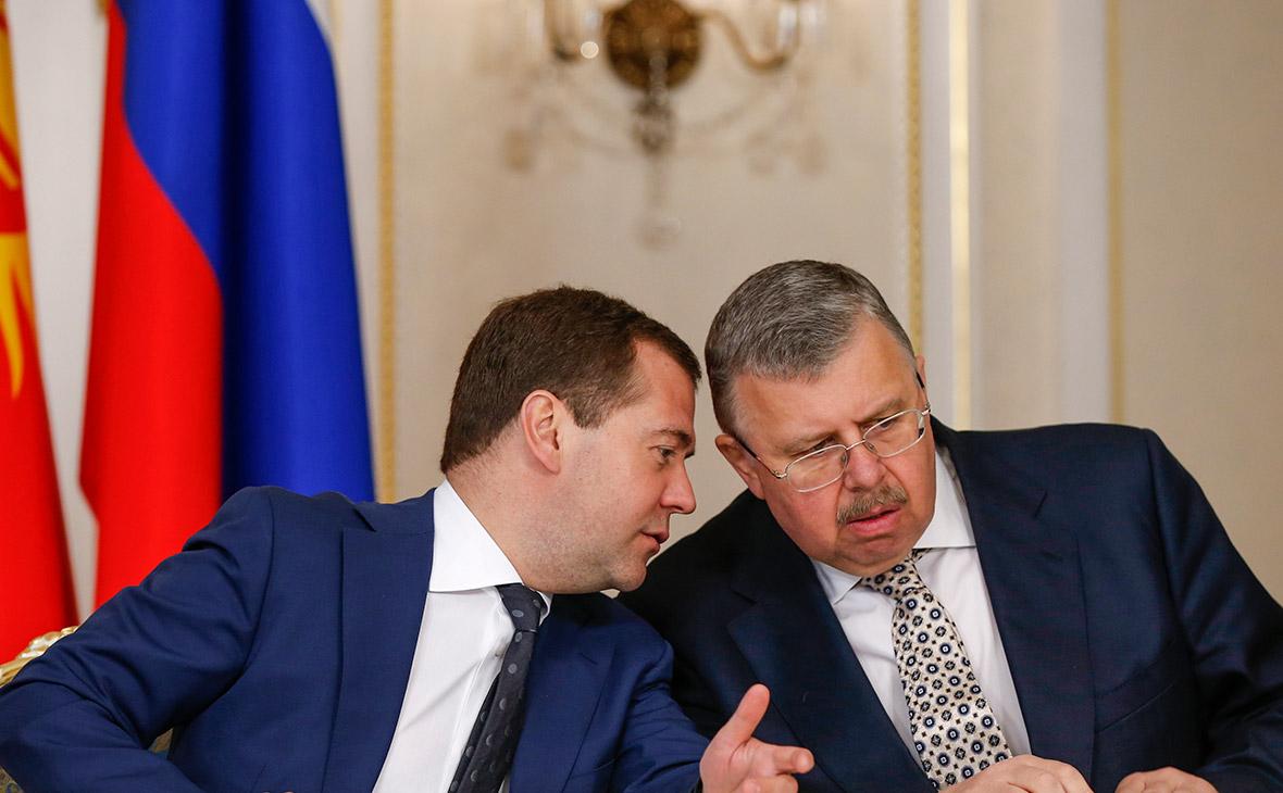 Дмитрий Медведев и Андрей Бельянинов (слева направо)