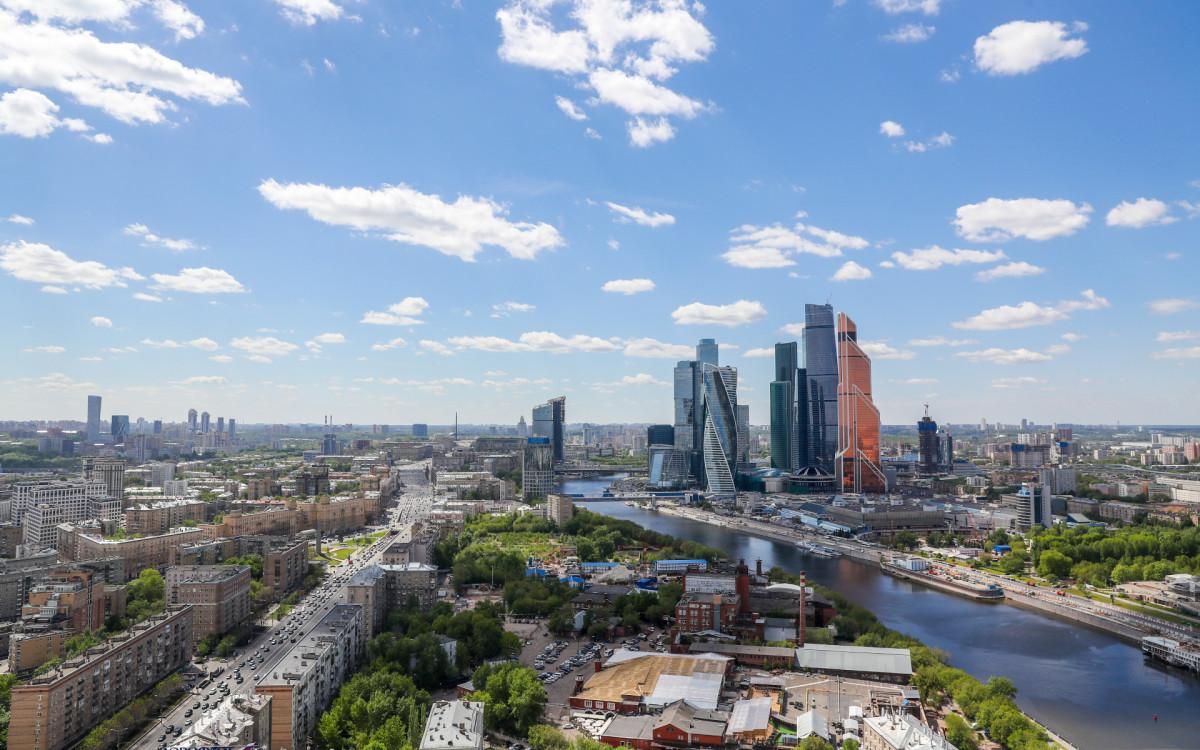 Вид на районы центра и запада Москвы