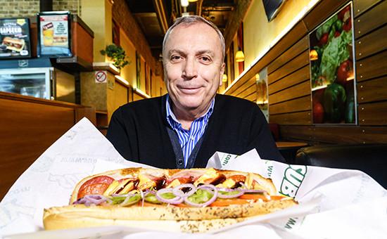 Александр Антропов (на фото) из Москвы открыл свой первый ресторан Subway в 2001 году