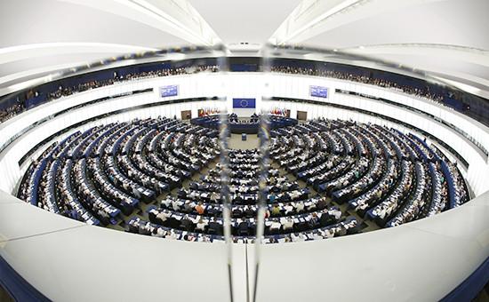 Во время заседания вЕвропарламенте, июль 2015 года