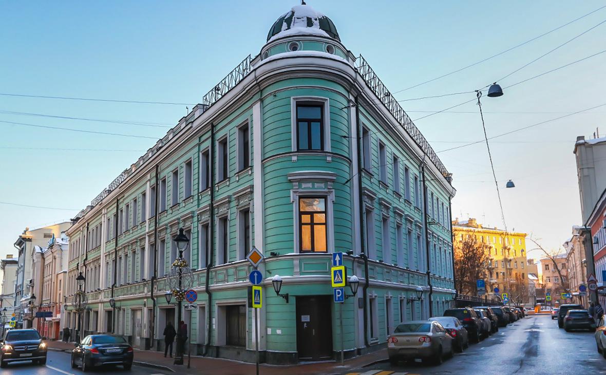 Особняк купца Булошникова XIX века на Большой Никитской улице