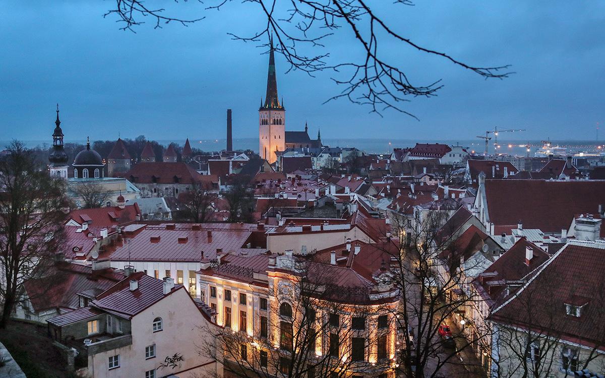 Власти Эстонии ужесточат карантин из-за британского штамма коронавируса